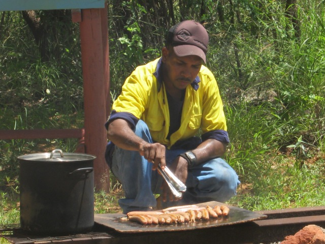 It's not all hard work, the camaraderie is a great boon to activities, here's a sausage sizzle for lunch ...