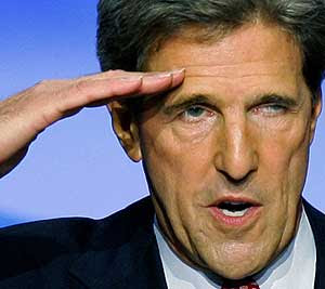 Kerry saluting Obama