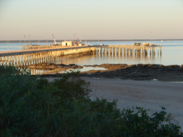 Low tide, Broome wharf