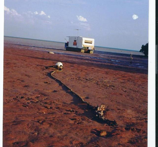pics-boat-caravan